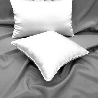 Poduszki jedwabne w poszyciu bawełnianym z wkładem silikonowym